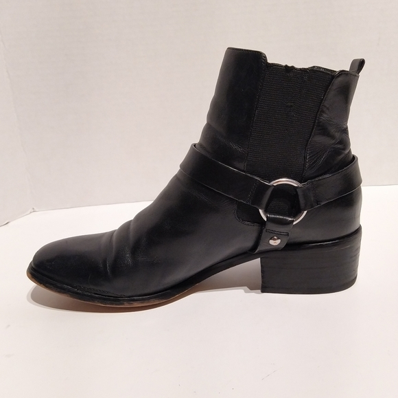 Michael Kors Leather Boots • Square Toe Buckle